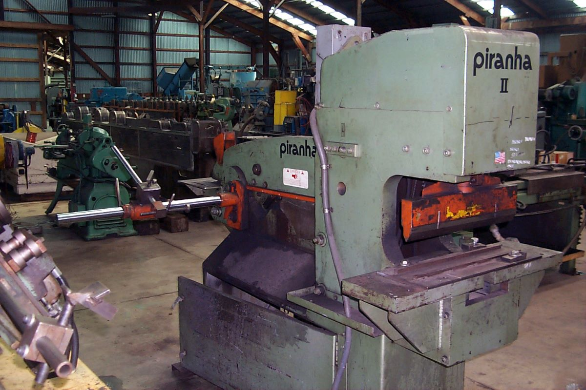 88 Ton Hydraulic Ironworker Piranha Model P Ii 88