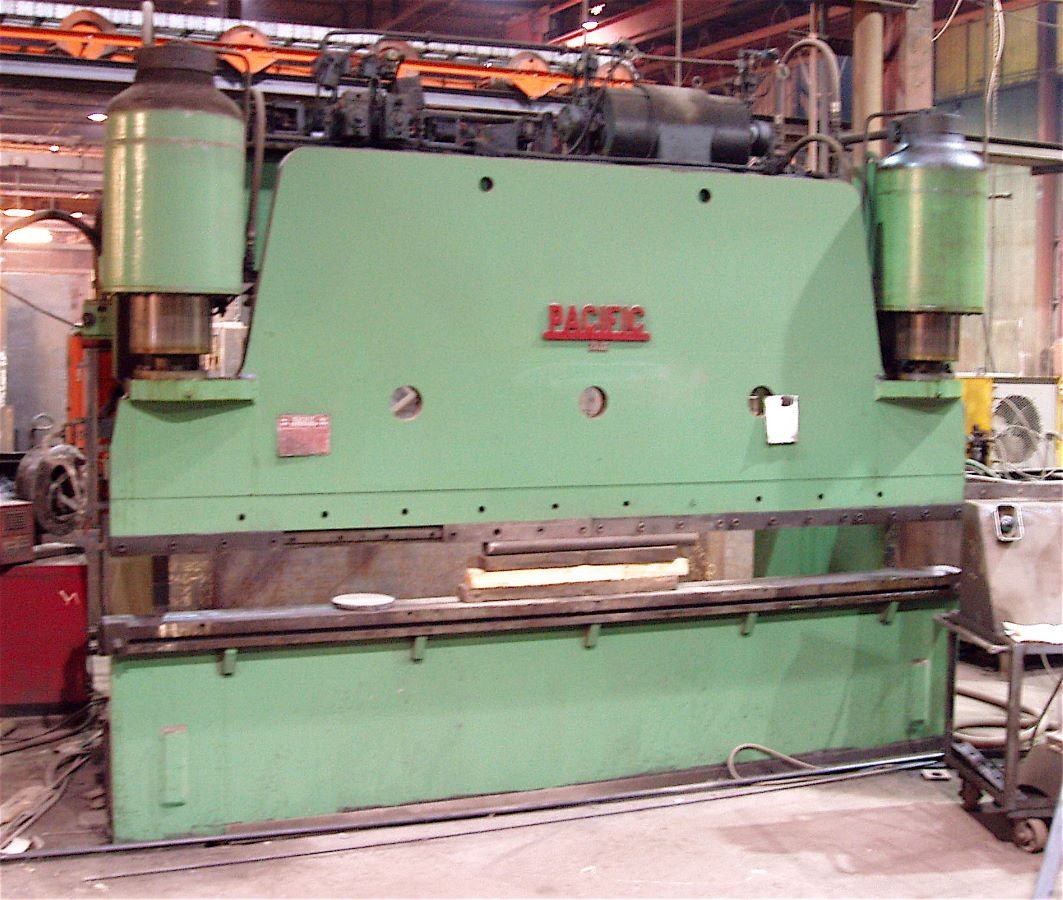 200 ton x 12' Hydraulic Press Brake, Pacific, Model 200-12