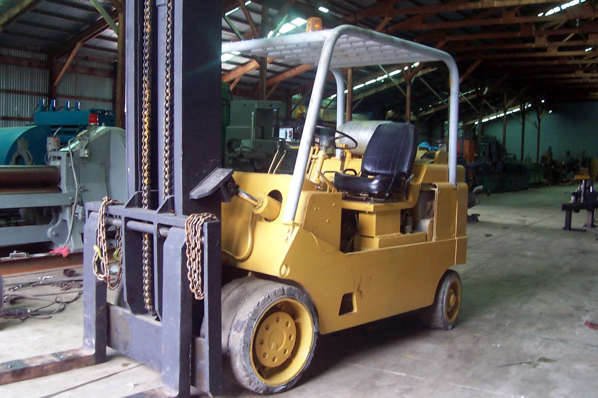 20 000 Lbs Cushion Tire Lp Gas Forklift Towmotor Model